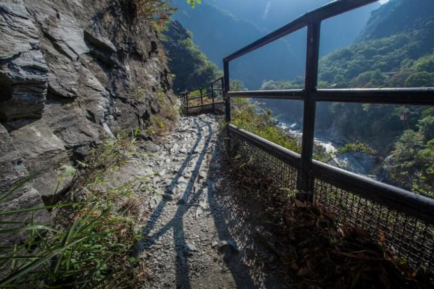 Lushui-Heliu Trail
