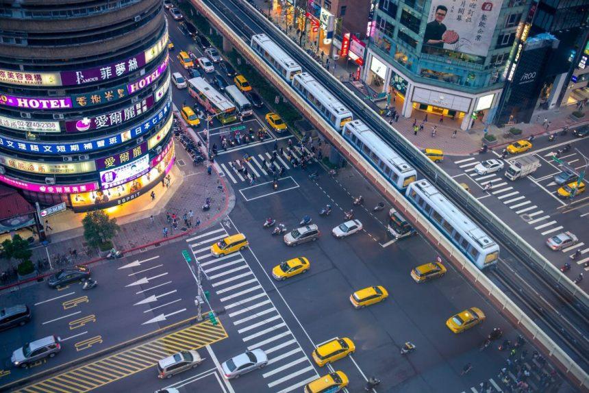 Taiwan Scene_MyTaiwanTour_traffic in Taipei.jpg