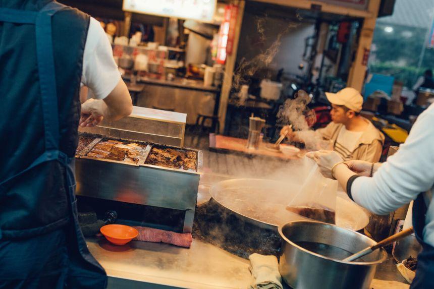 Taiwan's 'National Dish_—Braised Pork Rice_17