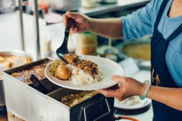 Taiwan's 'National Dish_—Braised Pork Rice_19