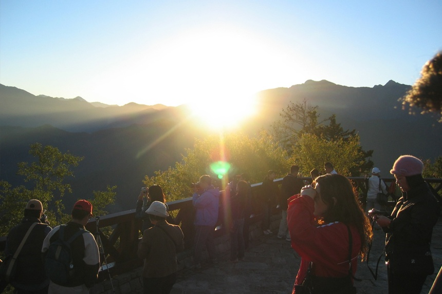 taiwan-scene-new-year-celebration-sunrise-in-alishan