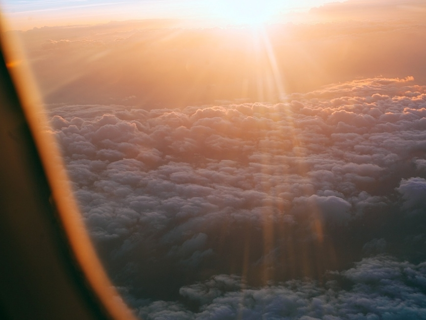taiwan-scene-new-year-celebration-sunrise-on-airplane