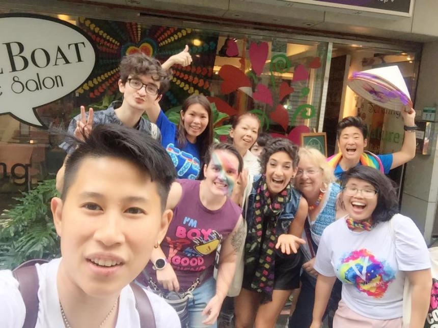 taiwan-LGBTQ-pride-parade-loveboat