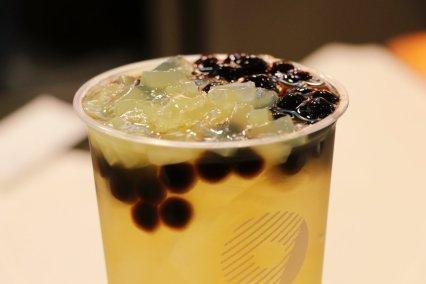 taiwan-scene-bubble-milk-tea-handmade-drink-coco-6
