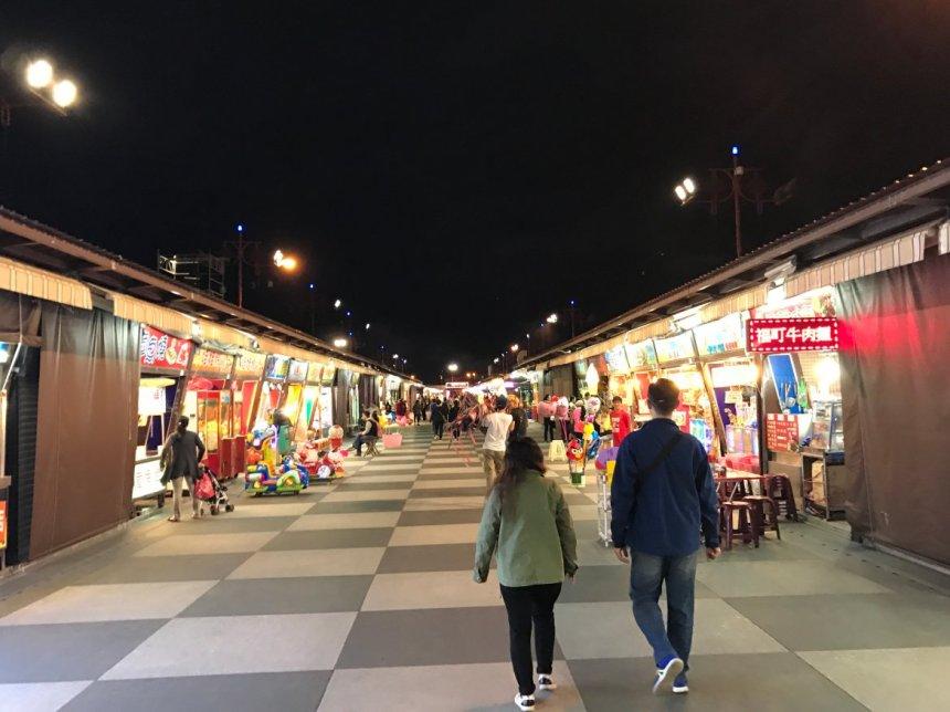 taiwan-scene-hualien-dongdamen-night-market.jpg
