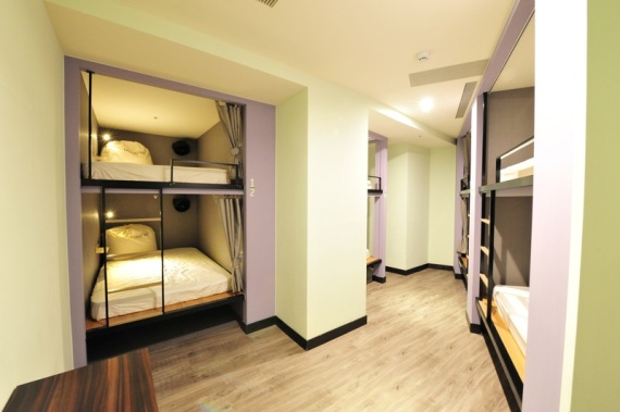 Shared Dorm Room of Mono'tel Hostel (image source: FunNow)