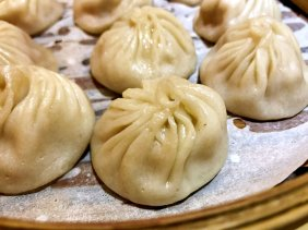 Kao Ji offers soup dumplings of thicker skins (image source:Taiwan Scene)