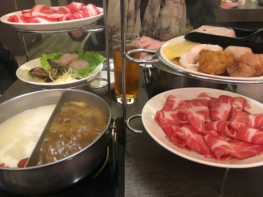 taiwan-scene-hot-pot-red-99-2.JPG
