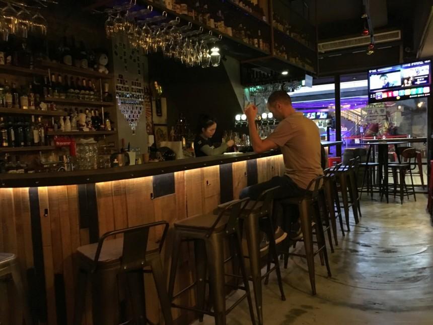 taipei-ximen-beer-bar01