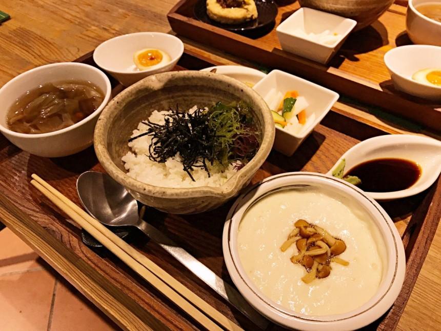taiwan scene-taiwanese-restaurant-fleisch-03